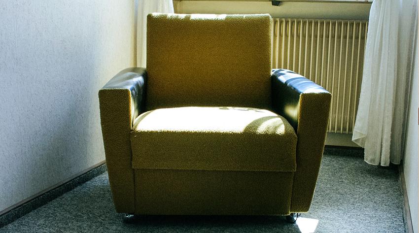 Chair monitor alert