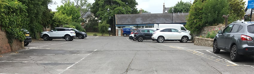 Henfield library car park