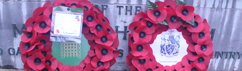 VJ Day wreaths laid by HDC Chairman Cllr Karen Burgess and Jeremy Quin MP
