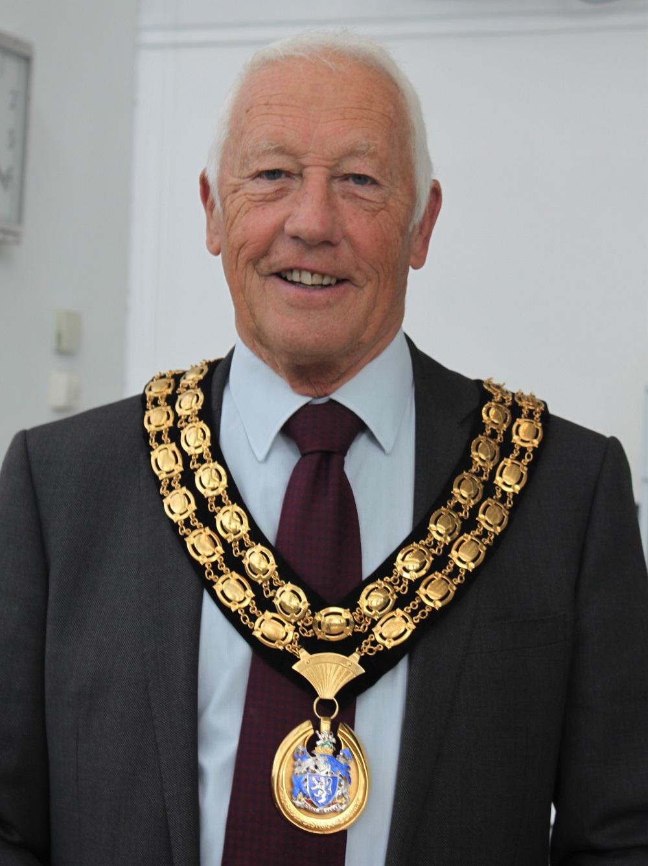 Horsham District Council Chairman David Skipp